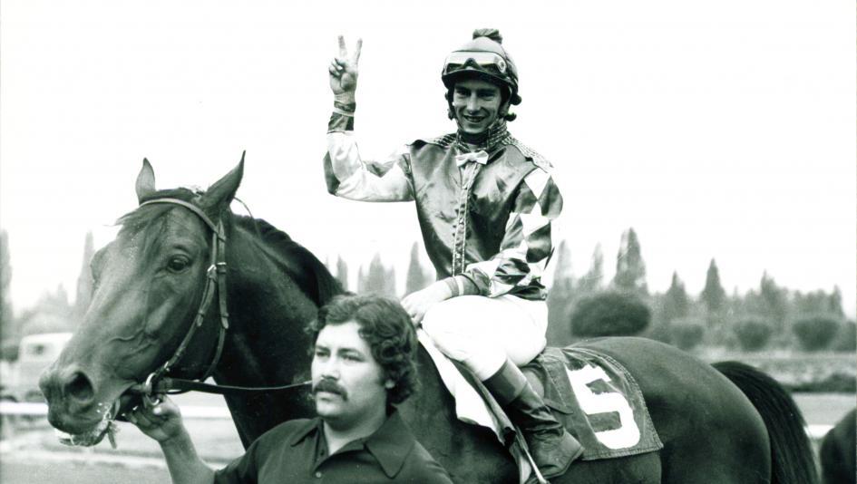 Sandy Hawley is one of the most talented jockeys in horse racing history despite never winning a Triple Crown race.