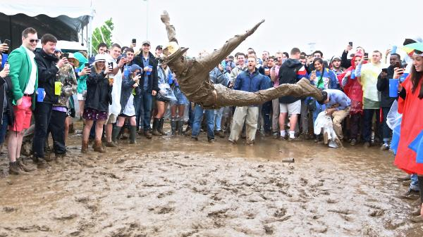 SLIDESHOW: When Mudders Took Over InfieldFest at Preakness