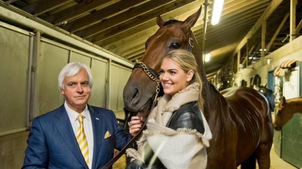 Slideshow Supermodel Kate Upton Enjoys Breeders Cup