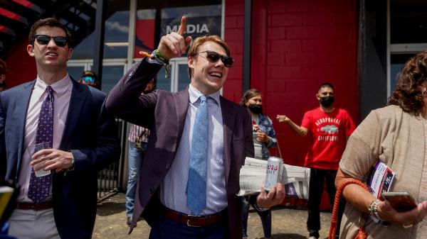 SLIDESHOW: A Wealth of Smiles, Cheer as Fans Return for 2021 Preakness