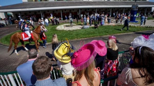 SLIDESHOW: A Fun, Festive Return to Normalcy for 2021 Kentucky Derby