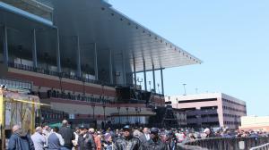 Fans crowd the Aqueduct apron.