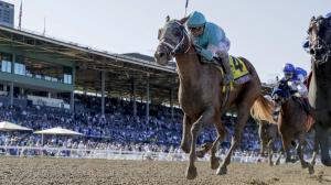 British Idiom outruns Donna Veloce to win the Breeders' Cup Juvenile Fillies.