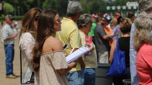 Identifying Live Longshot Among Top Win Contenders for Arkansas Derby