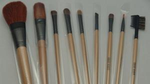 Don't Be Lazy: Wash Your Makeup Brushes
