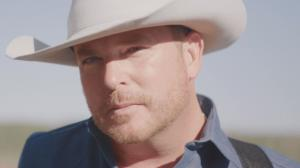 Singer-Songwriter O'Toole on Inspiration, Debut of New Single '17 Wild Horses'
