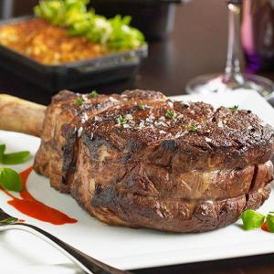 "<a href=""http://www.turnberryislemiami.com/bourbon-steak"">1. Bourbon Steak</a>"